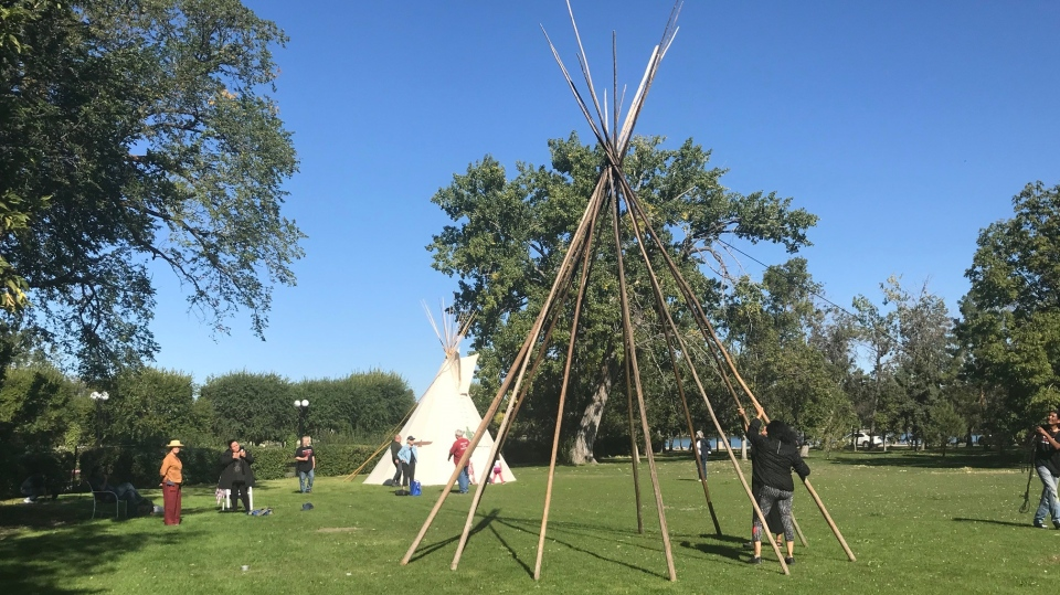 Unifor set up a tipi at Wascana Park, and put out an invitation to anyone else who wanted to set one up for the day. (Stefanie Davis / CTV News Regina)