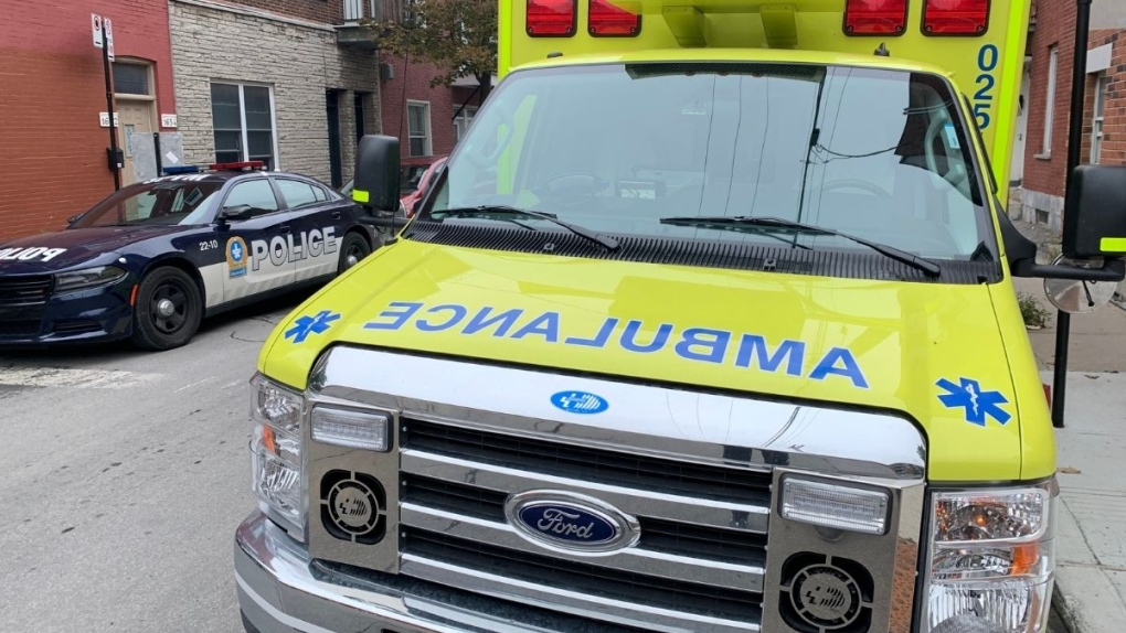 ambulance police generic image montreal