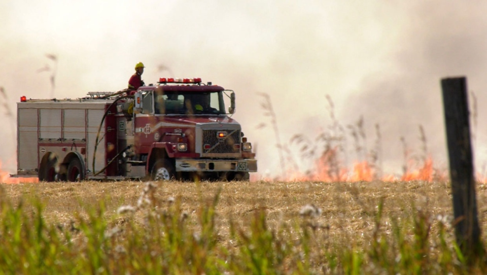 calgary, grass fire, fire ban, cfd, stoney trail