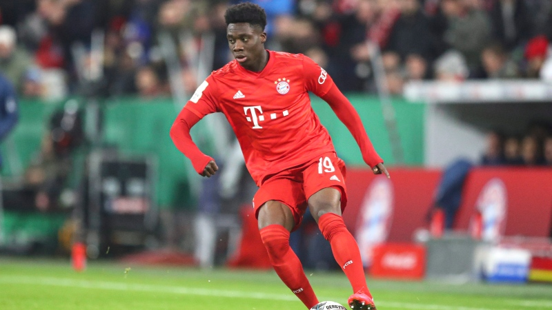 Bayern's Alphonso Davies controls the ball during the German soccer cup, DFB Pokal, match between FC Bayern Munich and TSG Hoffenheim in Munich, Germany, Wednesday, Feb. 5, 2020. THE CANADIAN PRESS/AP-Matthias Schrader
