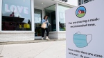 A sign in downtown Ottawa recommends mask wearing during the COVID-19 pandemic in Ottawa Monday, Sept. 14, 2020. (Sean Kilpatrick/THE CANADIAN PRESS)