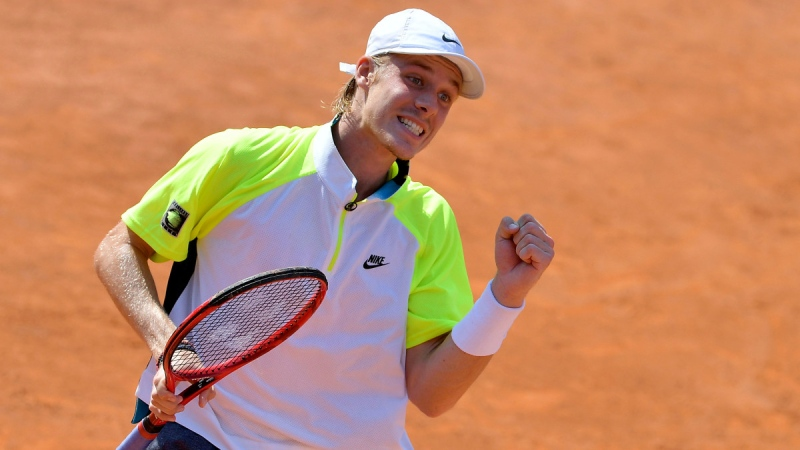Denis Shapovalov reacts to a point during his match against Spain's Pedro Martinez during the Italian Open in Rome, on Sept. 17, 2020. (Alfredo Falcone / LaPresse via AP)