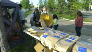 The B'Nai Brith youth organization sold nearly 500 bagels to raise money. Sept. 17, 2020. (CTV News Edmonton)