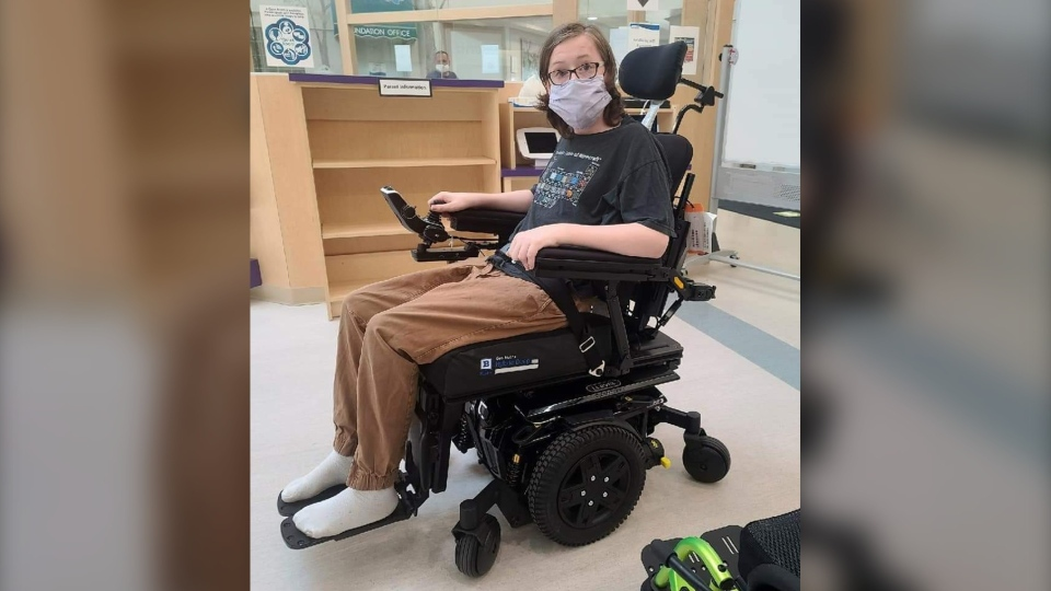 Kristopher Power was unable to receive some much needed leg braces until it was too late due to medical delays from COVID-19. (Krista Powers/Supplied)