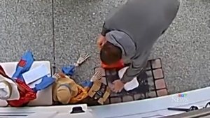 Front porch theft caught on camera