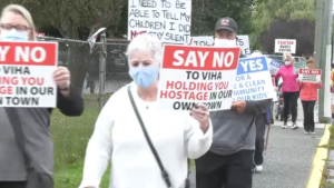 Dozens of parents and concerned community members gathered in Duncan Saturday to protest the location of a new wellness and recovery centre for people struggling with addiction in Vancouver Island's Cowichan Valley. (CTV)
