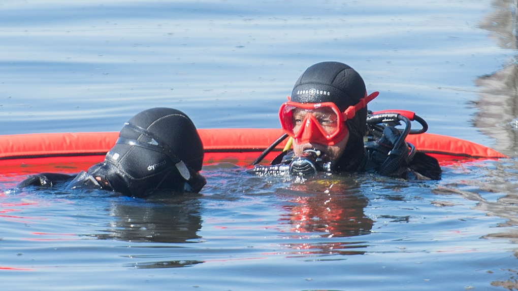 Divers searching the St. Lawrence