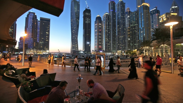 Abu Dhabi, UAE's conservative capital, ends alcohol licenses