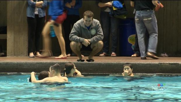 Winnipeg postponing registration for Leisure Guide swimming lessons