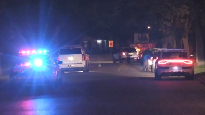 A heavy police presence descended on the Stoneybrook neighbourhood late on Monday, Sept. 21, 2020. (Daryl Newcombe / CTV London)