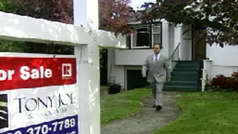 RE/MAX agent Tony Joe said he can barely keep up with demand. Oct. 15, 2009.