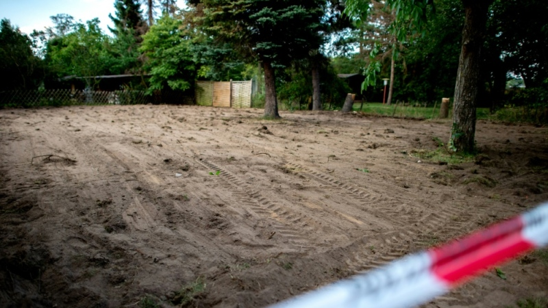 Investigators dug up a garden allotment in Hanover connected to the suspect. (AFP)