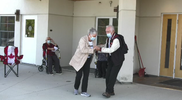 Senior couple jives outside of Finlandia Village in last weekly dance party of the summer. Sept. 22/20 (Ian Campbell/CTV Northern Ontario)