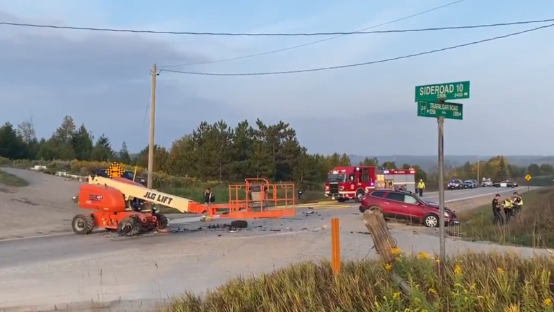The scene of a fatal crash in Erin on Thursday, Sept. 24, 2020. (@OPP_WR / Twitter)