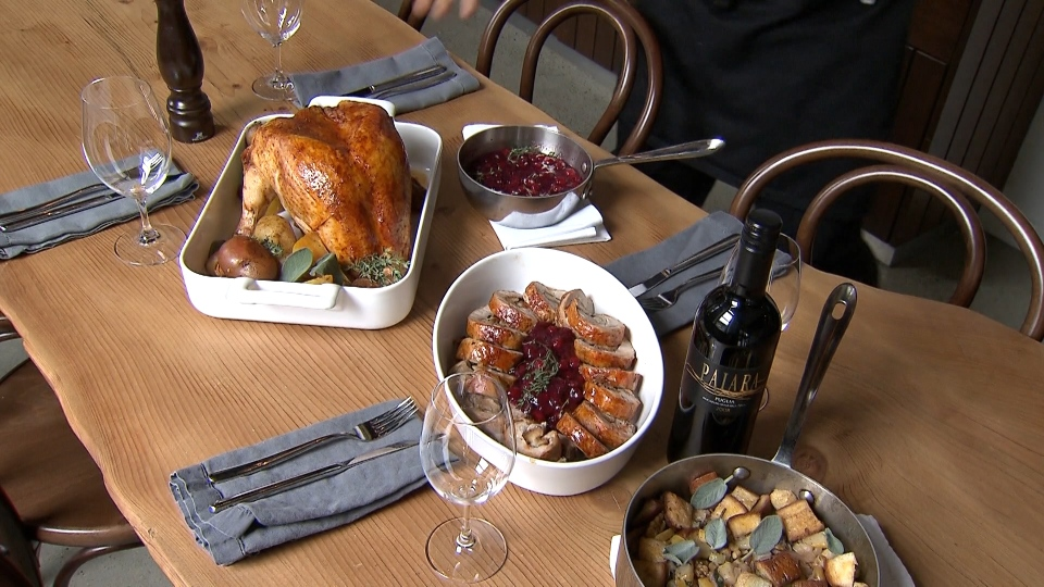 Should we avoid Thanksgiving gatherings?