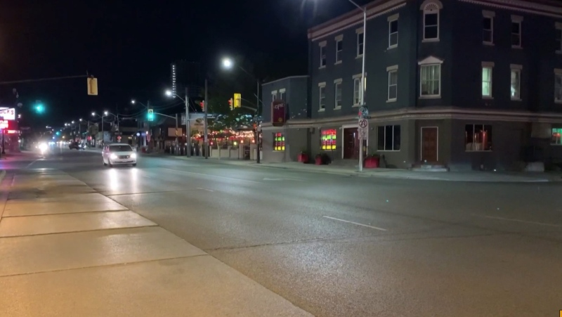 Restaurants, bars, and nightclubs get ready to close early due to tighter restrictions surrounding COVID-19 (Daryl Newcombe / CTV News)