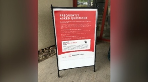 A sign outlining COVID-19 information at a casino is shown (Natalie van Rooy / CTV News Kitchener)