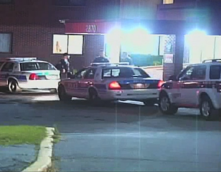 Ottawa police investigate following a shooting outside the Herongate Mall, Wednesday, Oct. 14, 2009. Courtesy: TVA
