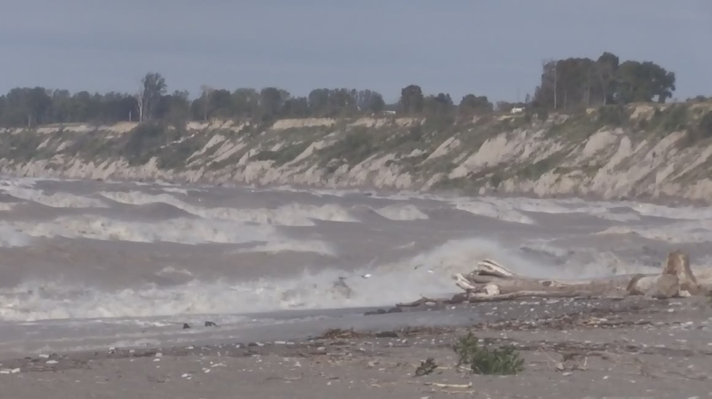High winds, waves roll across Lake Erie