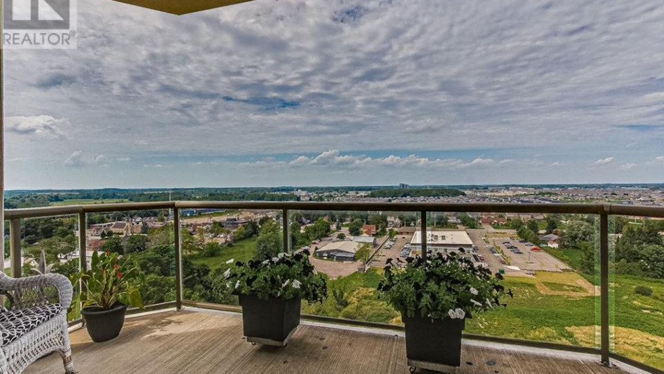 1030 Coronation Drive, Unit 1403 (Source: Realtor.ca)