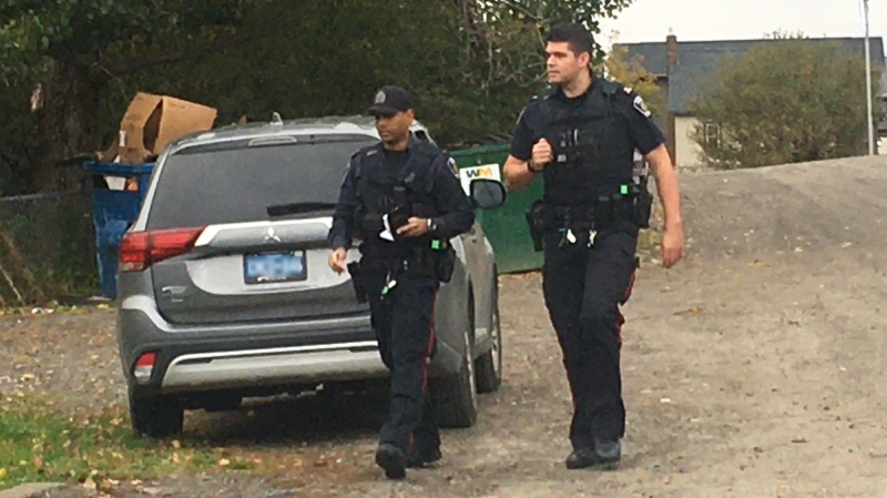 Sudbury police officers canvass New Sudbury area near Lasalle and Starlight. Oct. 1/20 (Alana Everson/CTV Northern Ontario)
