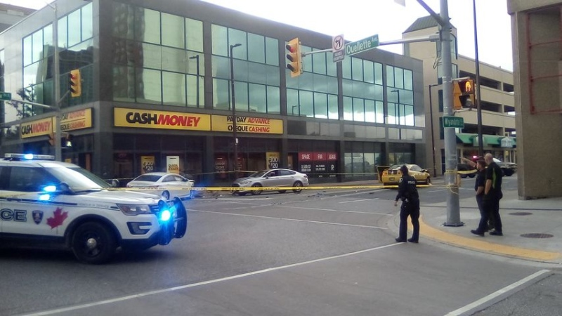 Three vehicle crash closes downtown intersection in Windsor, Ont. on Thursday, Oct. 1, 2020. (courtesy Evan Play)