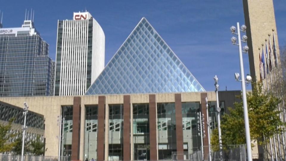 Edmonton City Hall, fall 2020