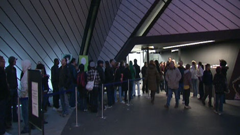 There were long lines at Toronto's Royal Ontario Museum as spectators hoped to get inside to see the Ten Commandments at the Dead Sea Scrolls exhibit on Friday, Oct. 17, 2009.