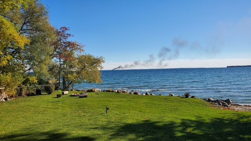 Lake Simcoe boat fire