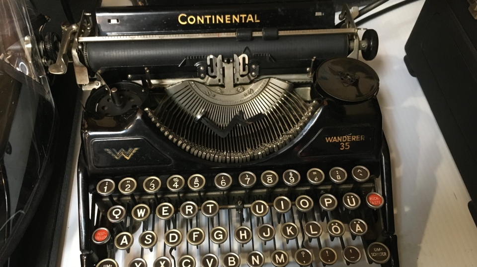 A typewriter from the Second World War (Stephanie Villella / CTV News Kitchener)