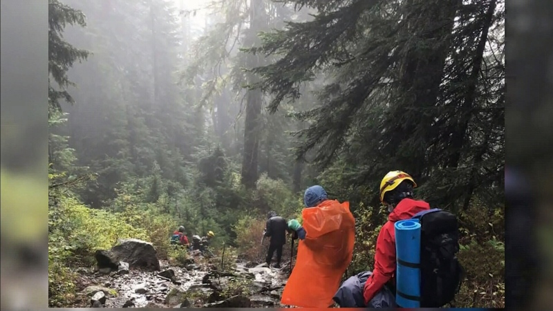 Lost hikers located on North Shore