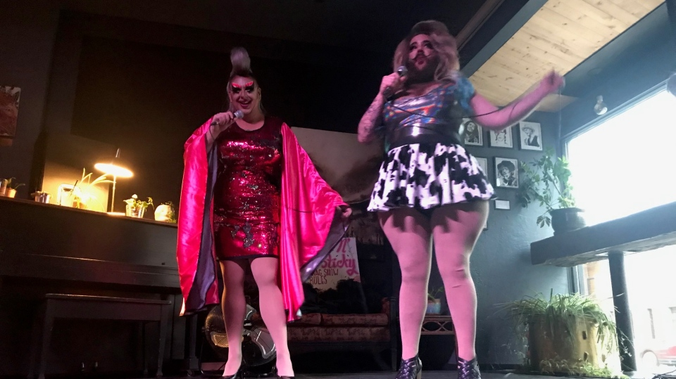 Flo Mingo (left) and Katy Hairy (right) perform at a Sweet and Sticky drag show on Oct. 18, 2020/. (Stefanie Davis/CTV News)