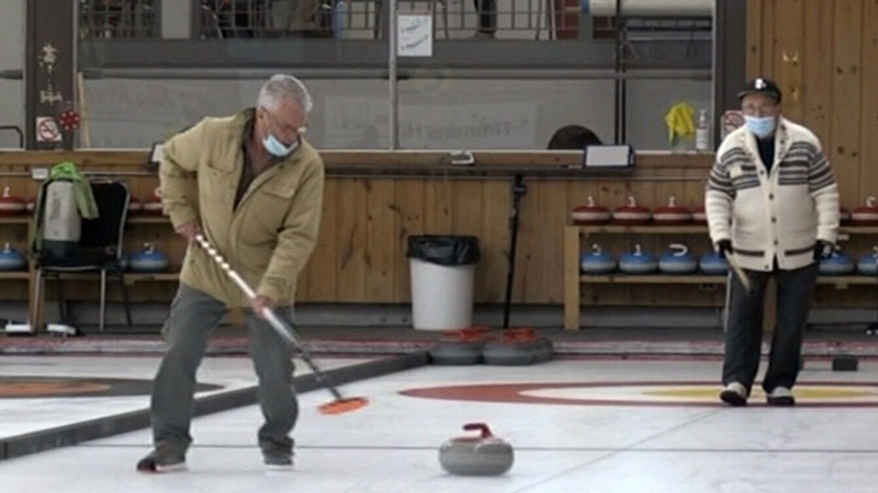 Ice is back at Timmins curling club