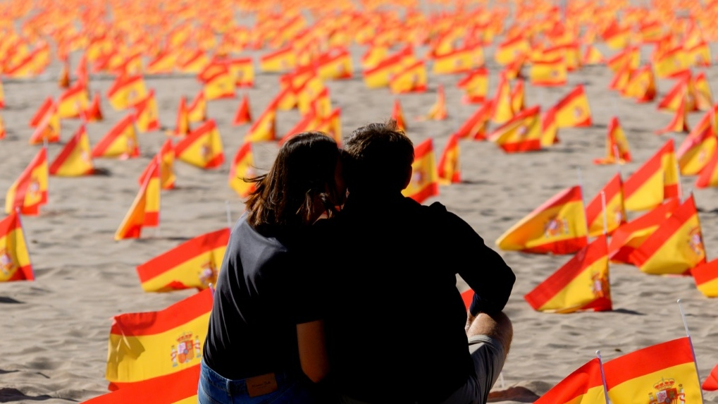 Spain's COVID-19 cases top 1 mln