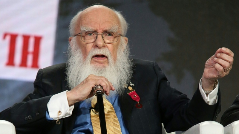A magician and escapologist, James Randi spent decades debunking so-called psychics and faith healers. (AFP)