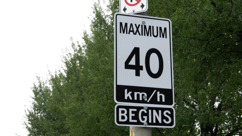 A 40 km/h speed limit sign posted on Ypres Ave. in Windsor's South Walkerville neighbourhood is seen pictured on Thursday, October 22, 2020. (Ricardo Veneza/CTV Windsor)