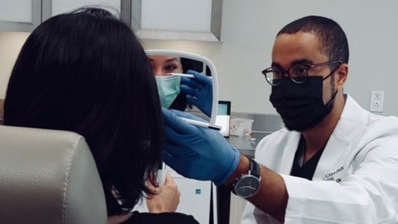 Montrealer Dr. Nicolas Cadet is the first and only Black ophthalmologist, who is subspecialized in oculoplastic surgery in Canada. He is adamant that there needs to be a greater push for diversity in specialty medical fields. SOURCE Dr. Nicolas Cadet