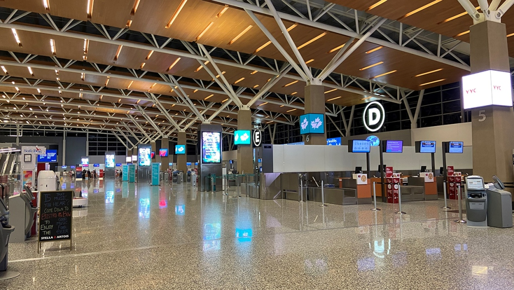 Calgary International Airport, departures