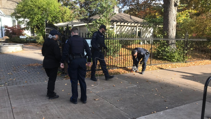 Halifax Regional Police investigate the discovery of a suspicious package in the Public Gardens on Oct. 26, 2020. (Carl Pomeroy/CTV Atlantic)