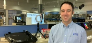 London Drugs Shares the lastest new tech items