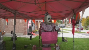 The Town of Innisfil hosts a Halloween house decorating contest. (Lexy Benedict/CTV News)