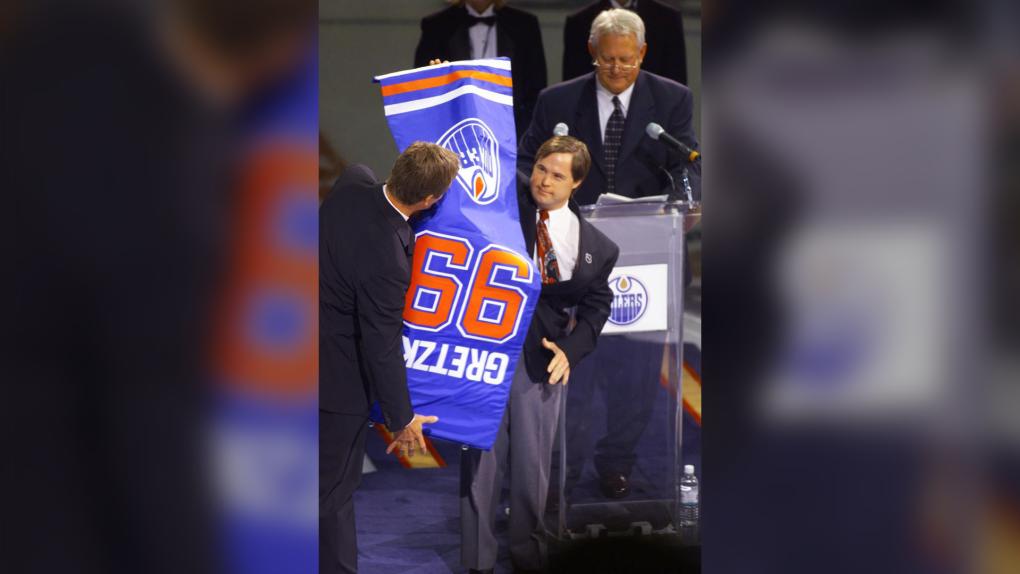 Longtime Oilers locker room attendant Joey Moss dies at 57