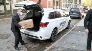 A donation of masks by Dymon Storage is delivered to the Ottawa Mission, Oct. 27, 2020. (Chris Black / CTV News Ottawa)