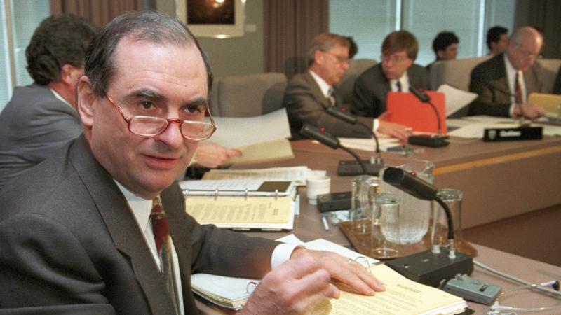 Former Deputy PM Mazankowski dead at 85