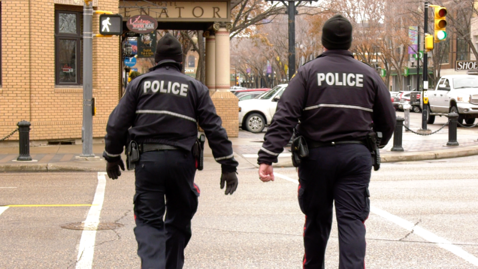 Saskatoon police pictured downtown Oct. 28, 2020. (Dale Cooper/CTV Saskatoon)
