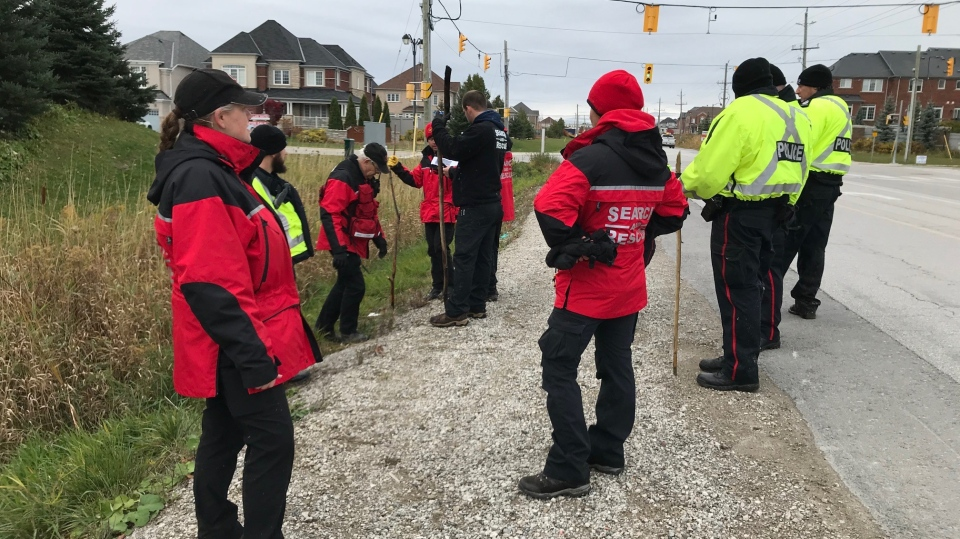 Search and rescue teams scour the area where a Bradford teen was last seen. (Rob Cooper/CTV News)