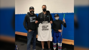 Smudge the Blades creator Harlan Kingfisher, Jason Strudwick, and Kingfisher's son. (Source: Smudge the Blades/Facebook)