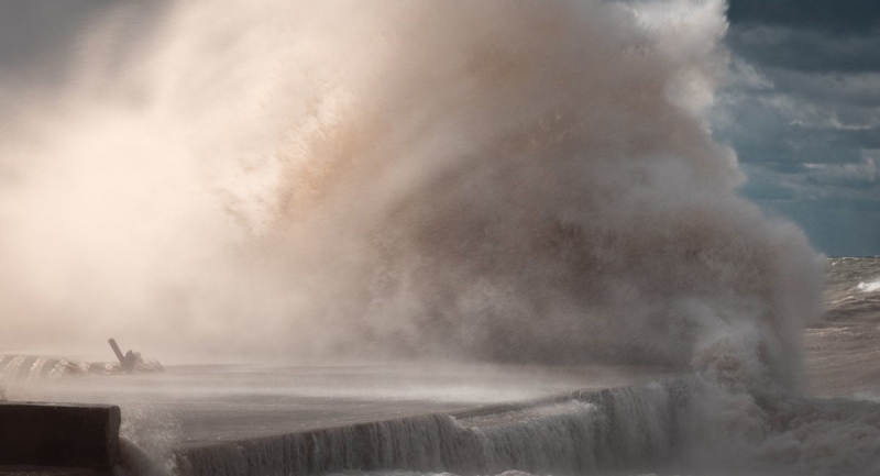 Waves crash ashore in Bayfield, Ont. on Sunday, Nov. 1, 2020. (Source: Jason O'Young)