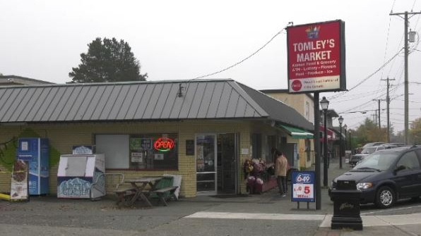 Tomley's market oak bay