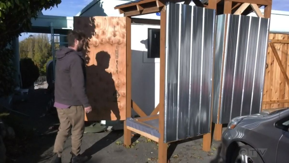 A community group has created several showers for unsheltered people in Victoria and plans to install them at Beacon Hill Park.